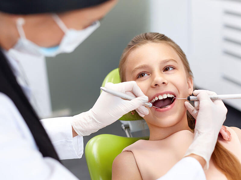 Best Las Vegas Pediatric Dentist with Kid